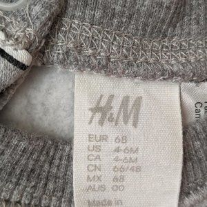 H&M Shirts & Tops - H&M Disney Mickey Mouse Sweat Shirt